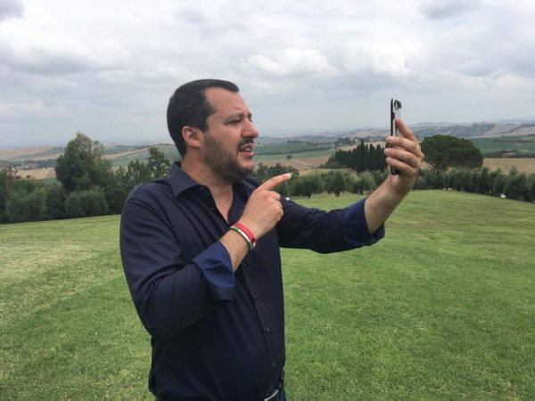 Salvini, il post-comunicatore. Strategie mediatiche e strumenti retorici
